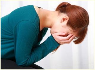 治らない口内炎の原因と治し方?舌・歯茎に複数の口内炎がずっと、、